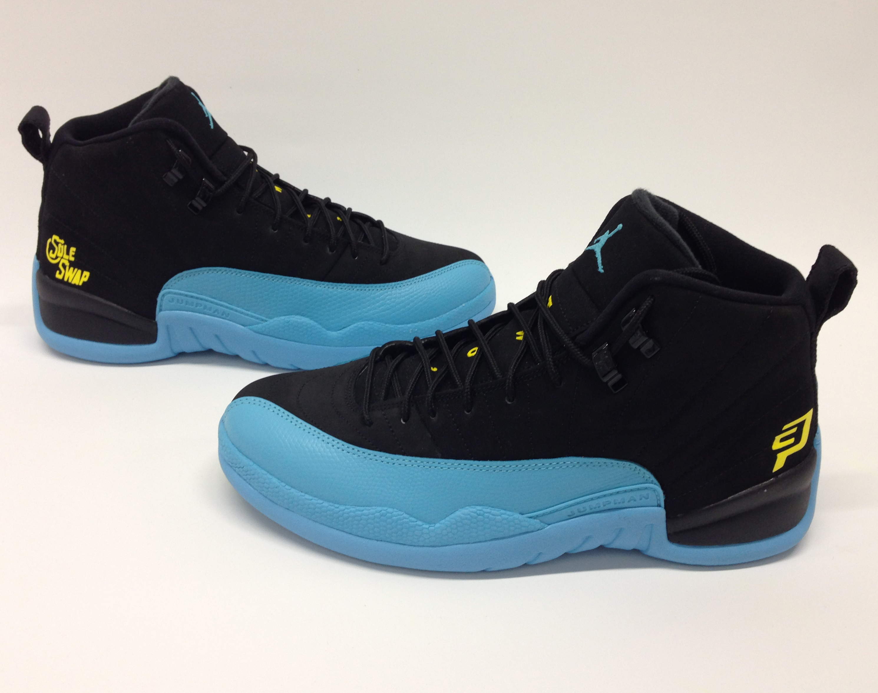 air-jordan-12-new-orleans-hornets-chris-paul-customs-sole-swap-01.jpg 9f4b6017aafb