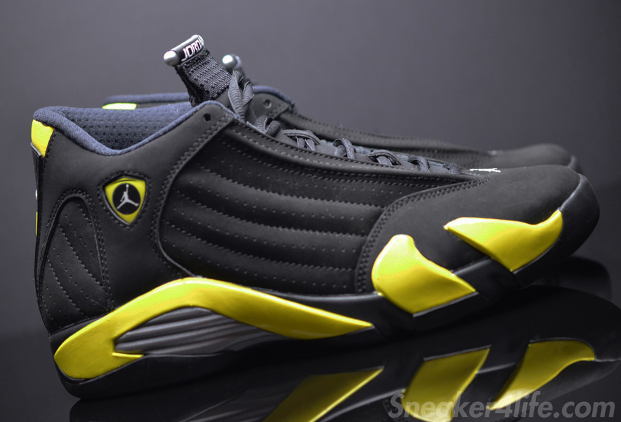 Air Jordan Black And Yellow