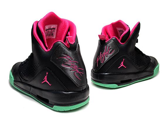 Jordan Yeezy 3