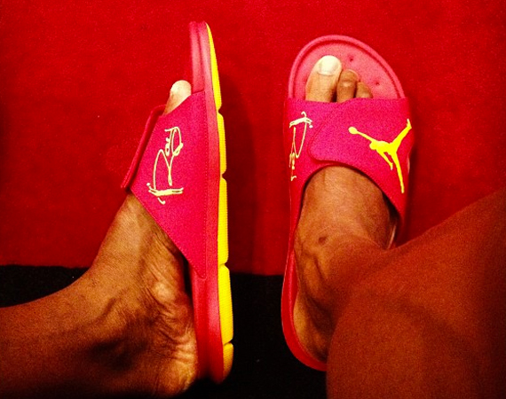 Ray Allen Showcases PE Air Jordan Sandals