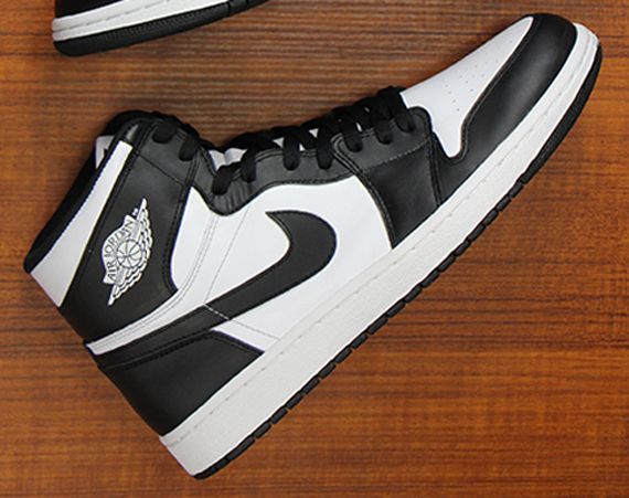 best cheap 7f7bb 085c0 The Air Jordan 1 Retro High OG has seen a resurgence in recent months, and  while we ll be seeing a number of new colorways this year, it looks like  the only ...