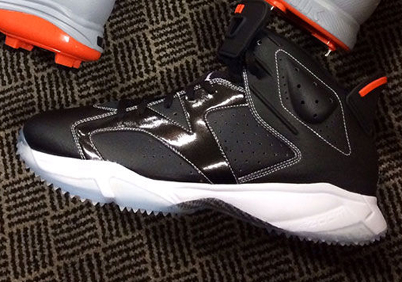 "50bf6a2936d6a8 ... Retro Turf Football shoes Air Jordan 6 ""Orioles"" PE Turf Shoes for  Manny Machado ..."