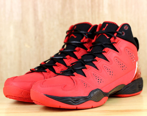 Jordan Melo M10: Fire Red
