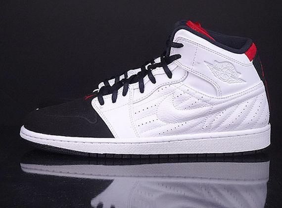Air Jordan 1 Retro 99 Black Toe