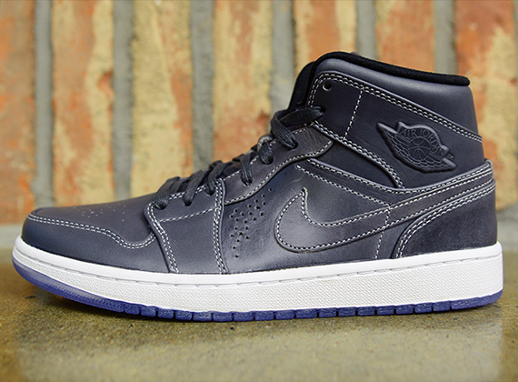 Air Jordan 1 Nouveau: Wolf Grey   Black   White