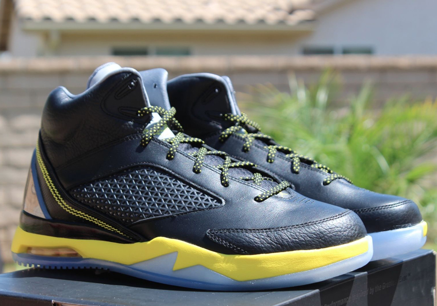 air jordan flight black and yellow