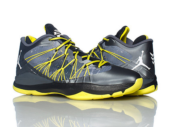 Jordan CP3.VII AE: Vibrant Yellow   Available