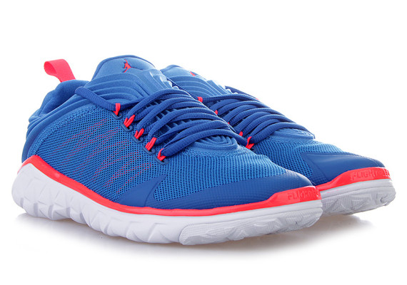 Jordan Flight Flex Trainer: Sport Blue   Infrared 23