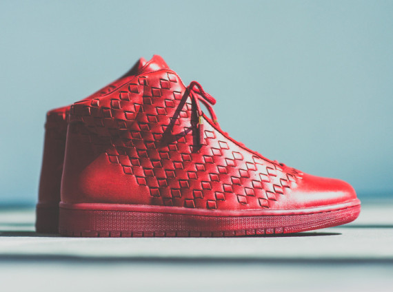 Jordan Shine   Arriving at Retailers