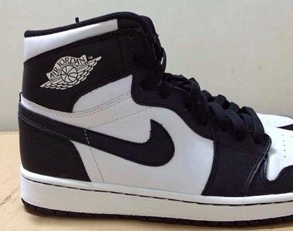 Air Jordan 1 Retro High OG: White/Black