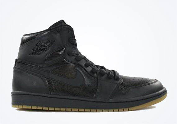Air Jordan 1 Retro High OG: Black/Gum