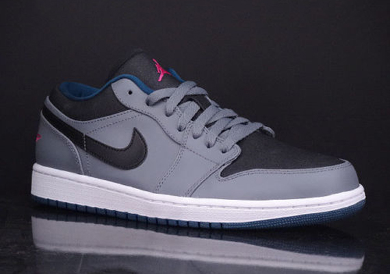Air Jordan 1 Low: Cool Grey   Fusion Pink   Space Blue