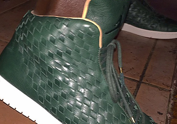 Michael Jordan Showcases A New Jordan Shine Colorway