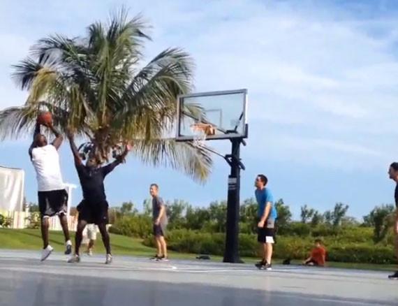 michael-jordan-plays-basketball-with-tom-brady-1