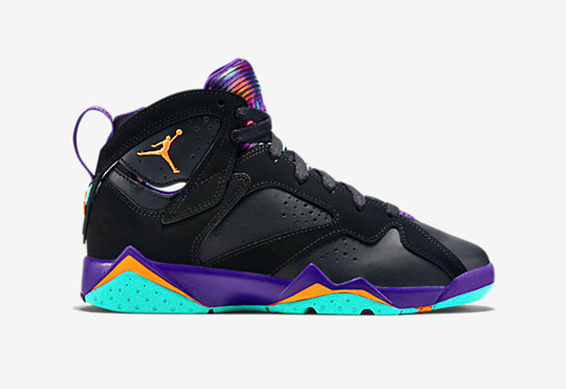 "new arrival 28bb0 e39f8 A couple of pretty anticipated Jordan Brand releases have finally landed at  Nike.com. Air Jordan 7 GS ""Lola Bunny"" and Jordan Son of Mars Low ""Hornets""  were ..."