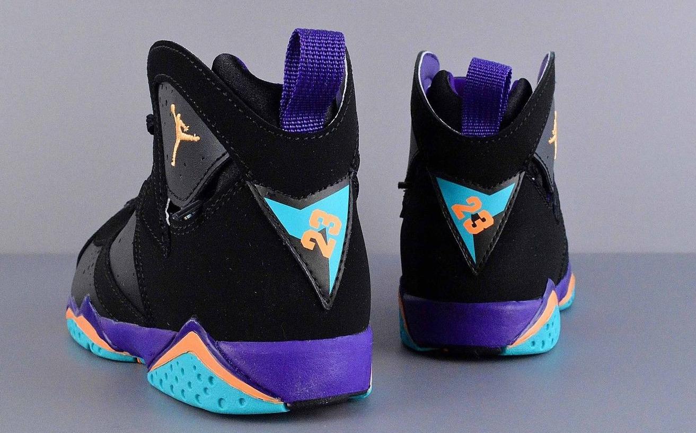 air-jordan-7-lola-bunny-4 - Air Jordans