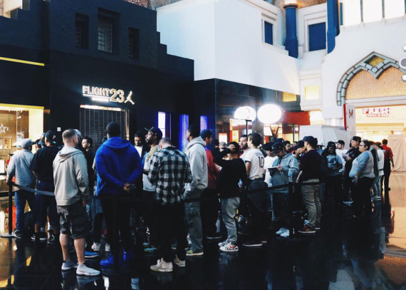 Flight 23 At Footaction Las Vegas Opens With Early Air Jordan 7