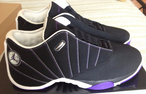 The Daily Jordan: Air Jordan 12.5 Team Low PE - Mike Bibby
