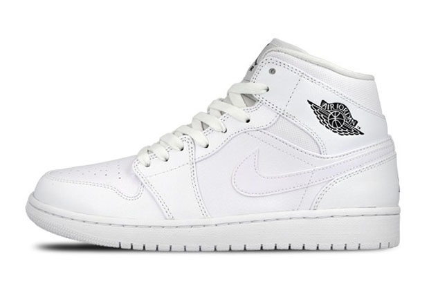 air force jordans all white ones