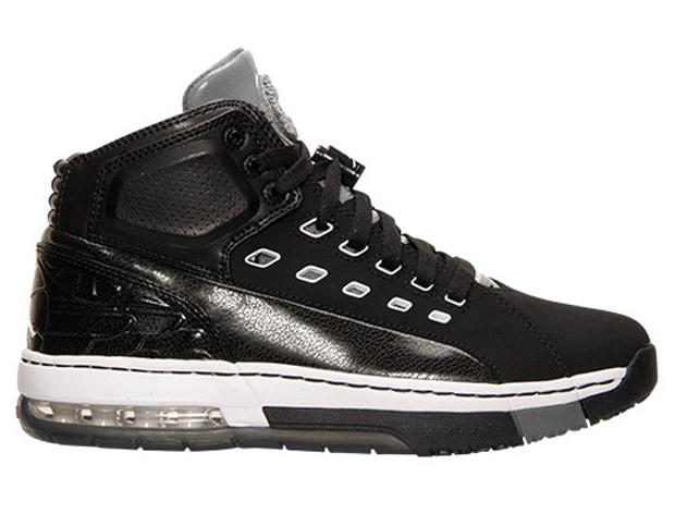 b54c0d8a3381 Jordan Ol School Tries Out Chrome - Air Jordans