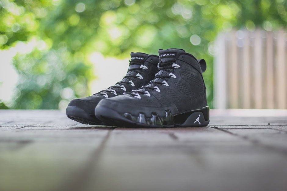 Ducks Football Season & This Jordan 9 Kick Off This Saturday