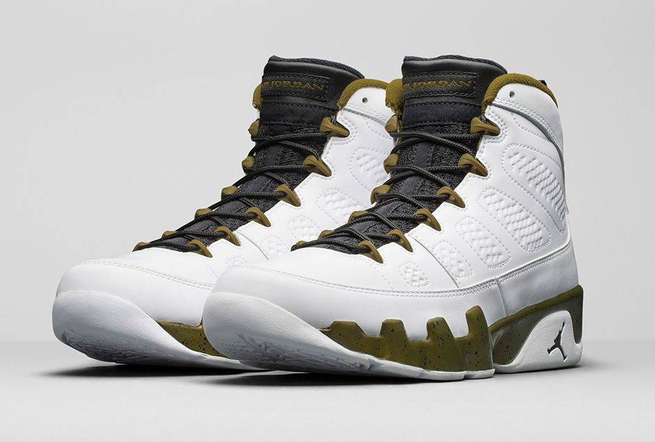 competitive price f0635 249c9 air jordan 9 statue on feet