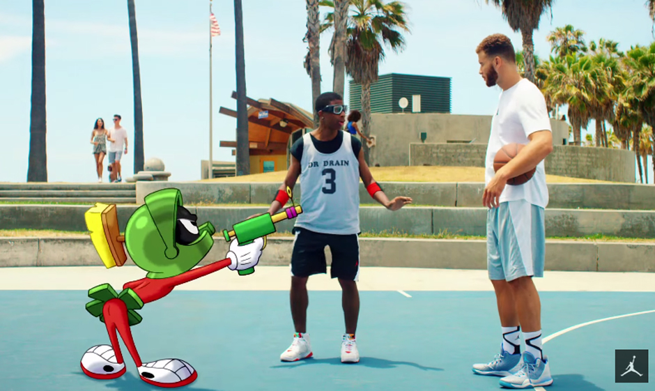 Blake Griffin & Marvin The Martian Battle In