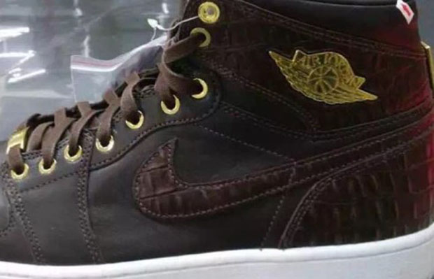 7f7ddb2d1eaf The Air Jordan 1 Pinnacle occupied Jordan Brand s highest tier of luxury  this year with black and white snakeskin-embossed leather options