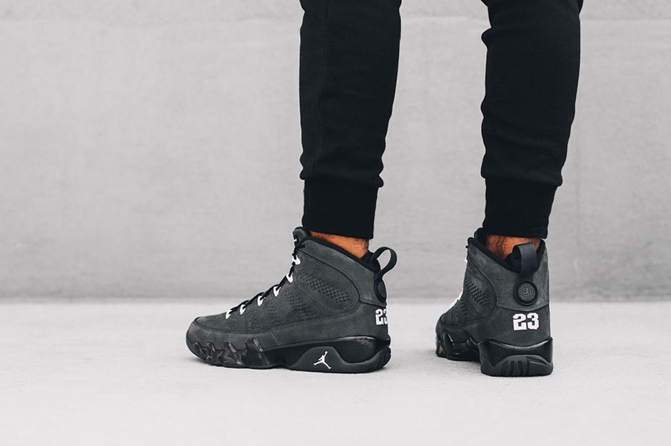 """Air Jordan 9 """"Anthracite"""" Takes The Field In About 1 Week"""