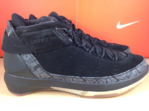 Back in 2007, Jordan Brand followed up the XX2 signature model with an  alternate called the XX2 PE. This next-gen take kept the basic tooling and  frame ...