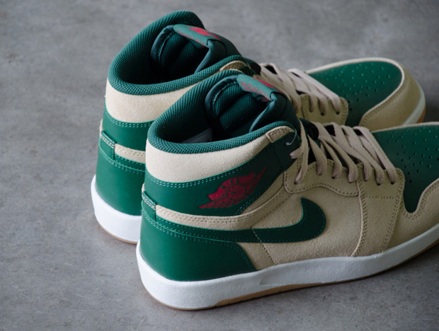 air-jordan-1-high-the-return-bucks-4