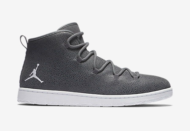 Jordan Galaxy Dark Grey/White