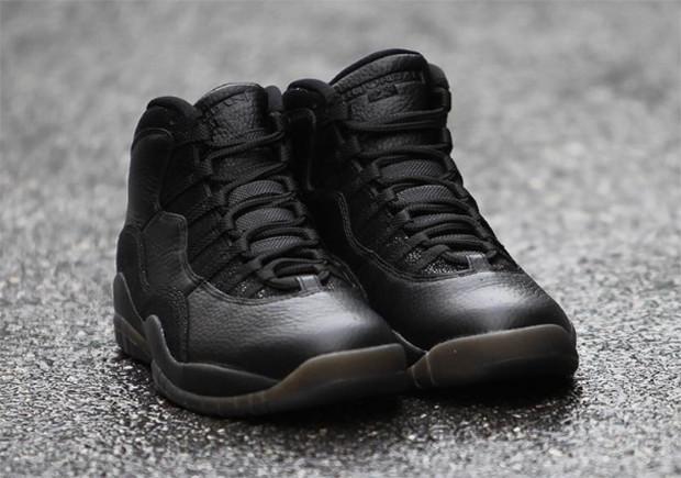 black jordan 10