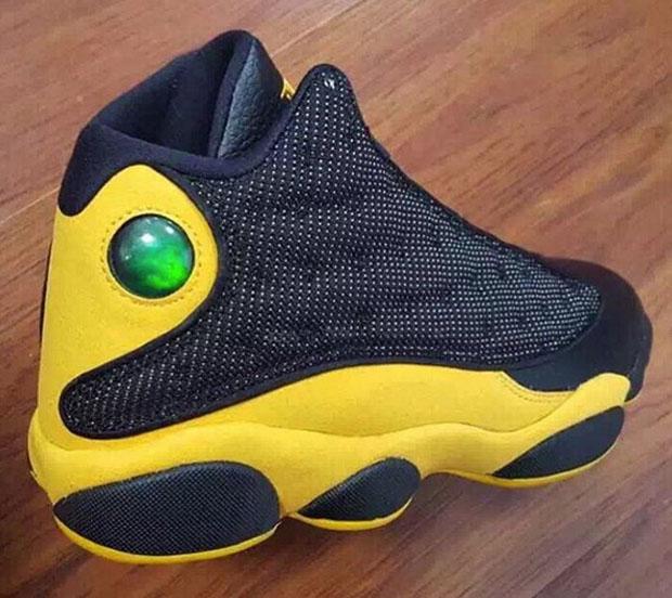 Air Jordan 13 Black Yellow