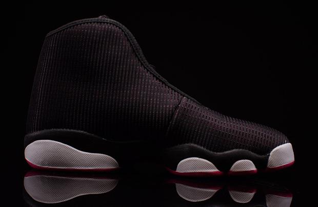 Air Jordan Horizon On Feet