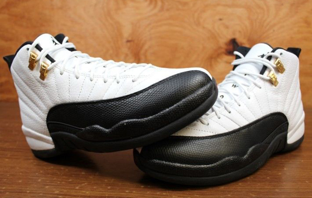 a235b2bcc2df Air Jordan 12