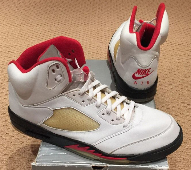 Nike Air Jordan 5 Feu Rouge 2000