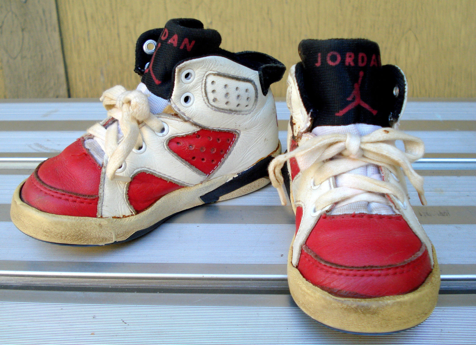 baby jordan basketball shoes