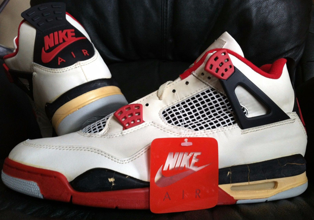 "Vintage Gear: Air Jordan 4 ""Fire Red"" From 1989"