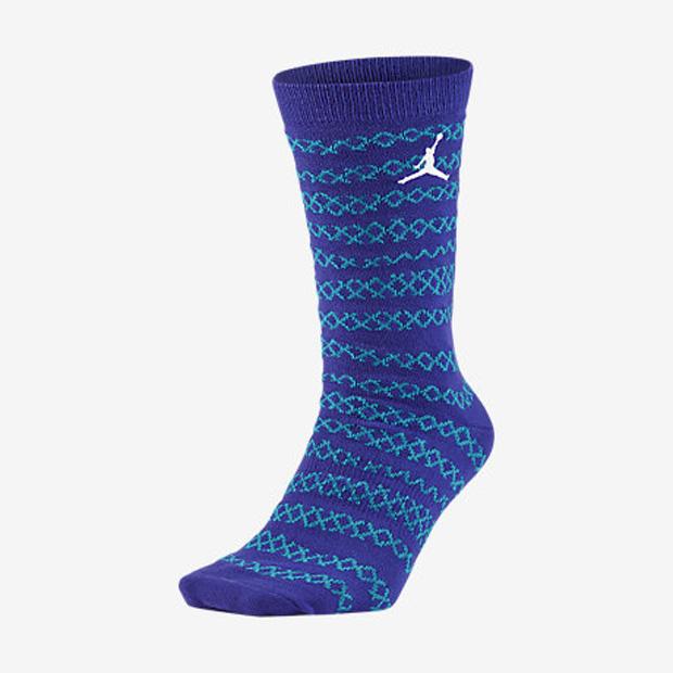 jordan-10-charlotte-socks-1