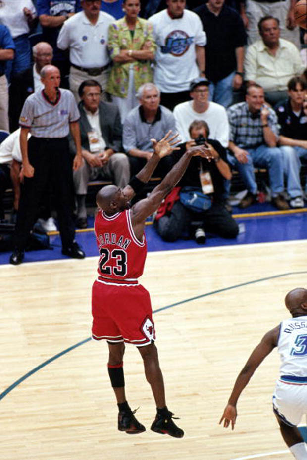 "Michael Jordan Dropped The ""Last Shot"" 18 Years Ago Today ..."