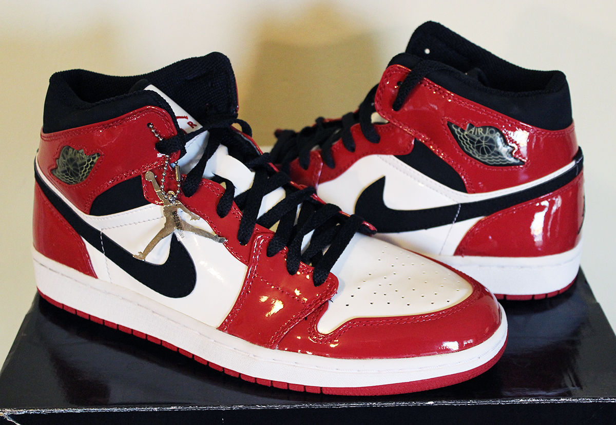 "The Daily Jordan: Air Jordan 1 Patent ""Chicago"" – 2003"