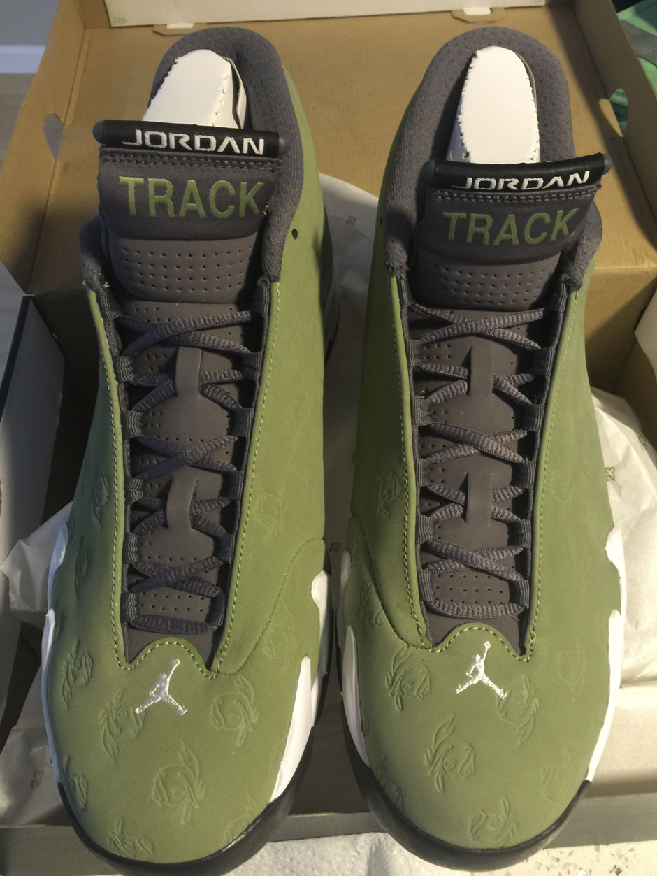 air jordan 14 oregon track