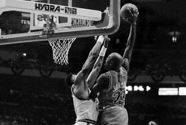 Vintage Gear: MJ Posterizes Patrick Ewing In Air Jordan 6