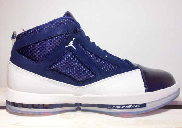 jordan-16-white-midnight-navy-3