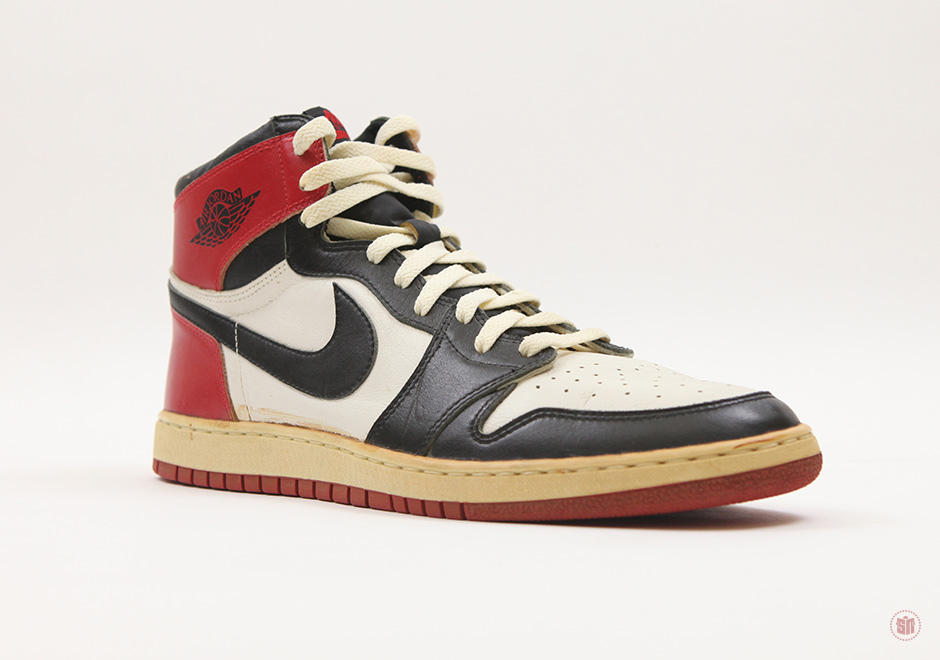 "Rare 1985 Air Jordan 1 ""Black Toe"" Going To Auction"