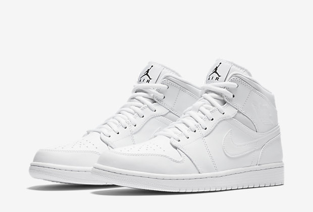 Air Jordan 1 Mid is on the comeback after what amounts to a sabbatical.  That s not to say that it s disappeared altogether  there have ...Read More 8f10500b7