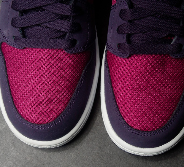 air-jordan-1-true-berry-2