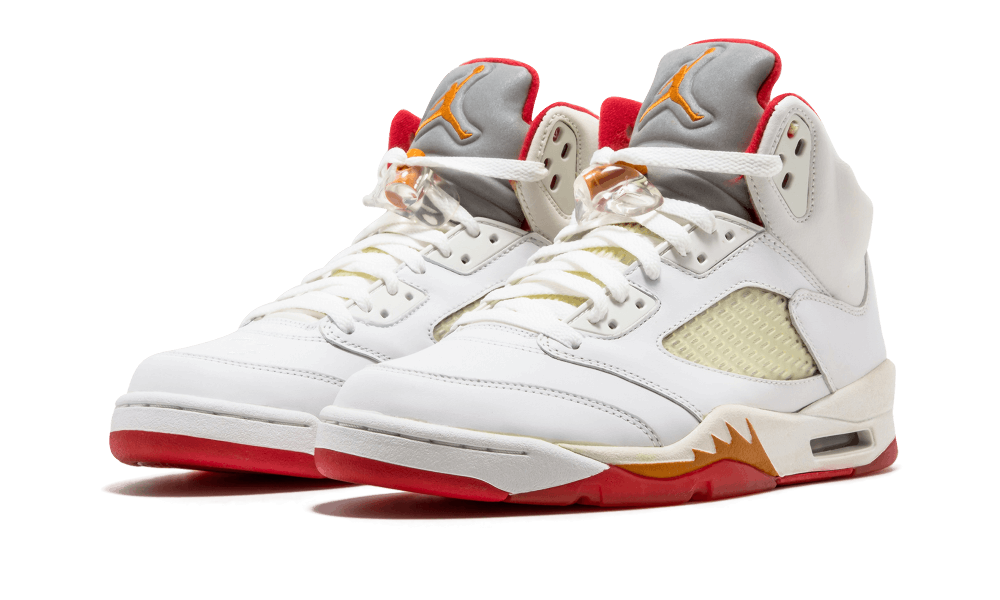 b7bee370bfd3 Ladies colorways have been a release schedule staple since Jordan Brand  kicked off its retro run in 1999. When Air Jordan 5 came back full force in  2006