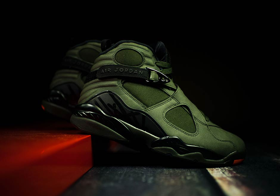 Air Jordan 8 rolled big to close 2015 with Three-peat 21bbd90a9
